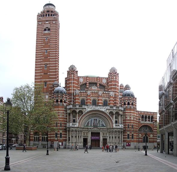 Колокольня Вестминстерского собора