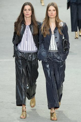 suit Chanel